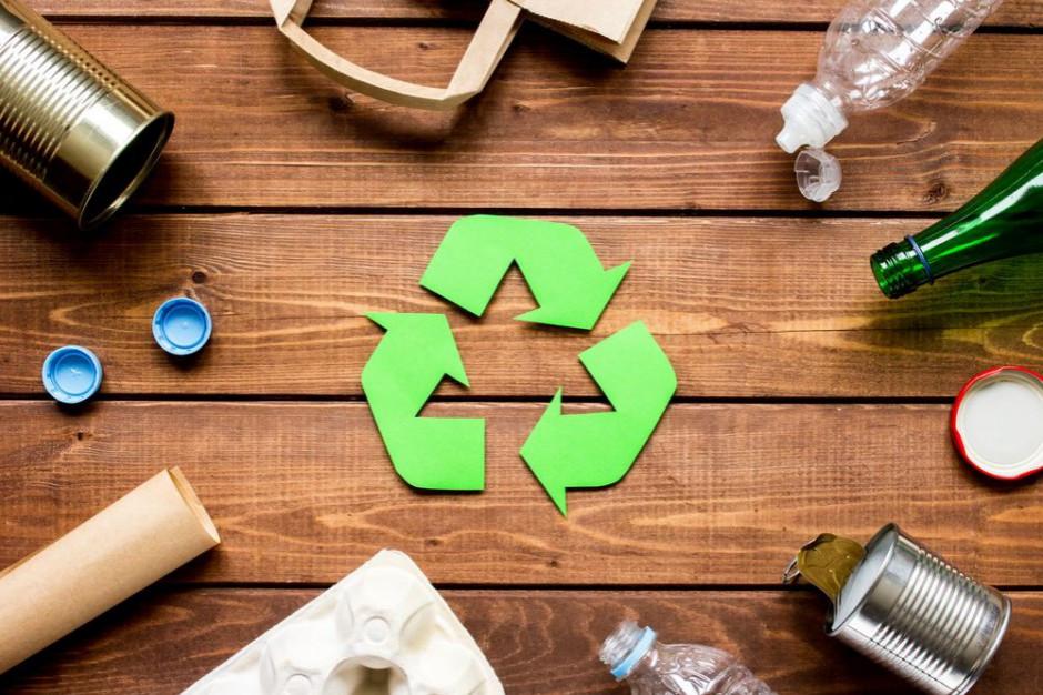 Trzech na czterech Polaków segreguje śmieci