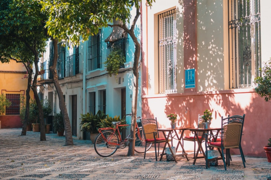 Hiszpania otwiera sklepy oraz lokale gastronomiczne