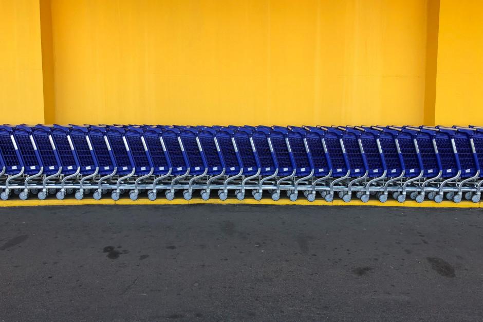 GUS: Sprzedaż detaliczna w kwietniu spadła o 22,9 proc. rdr, sprzedaż żywności - o 14,9 proc.