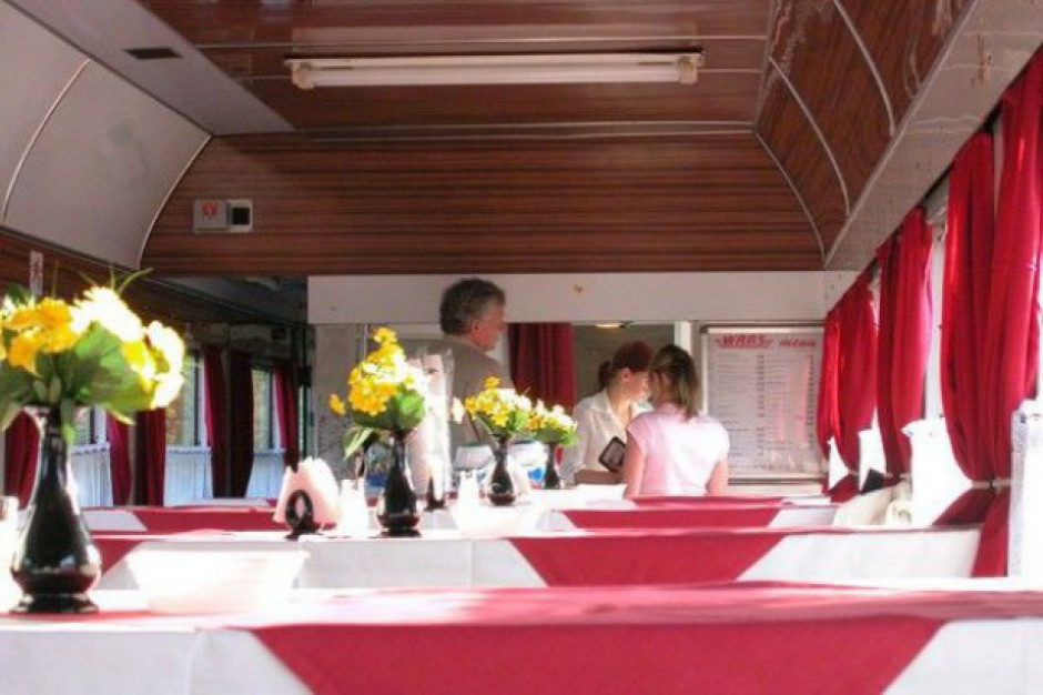 PKP Intercity analizuje ponowne uruchomienie usług gastronomicznych w pociągach