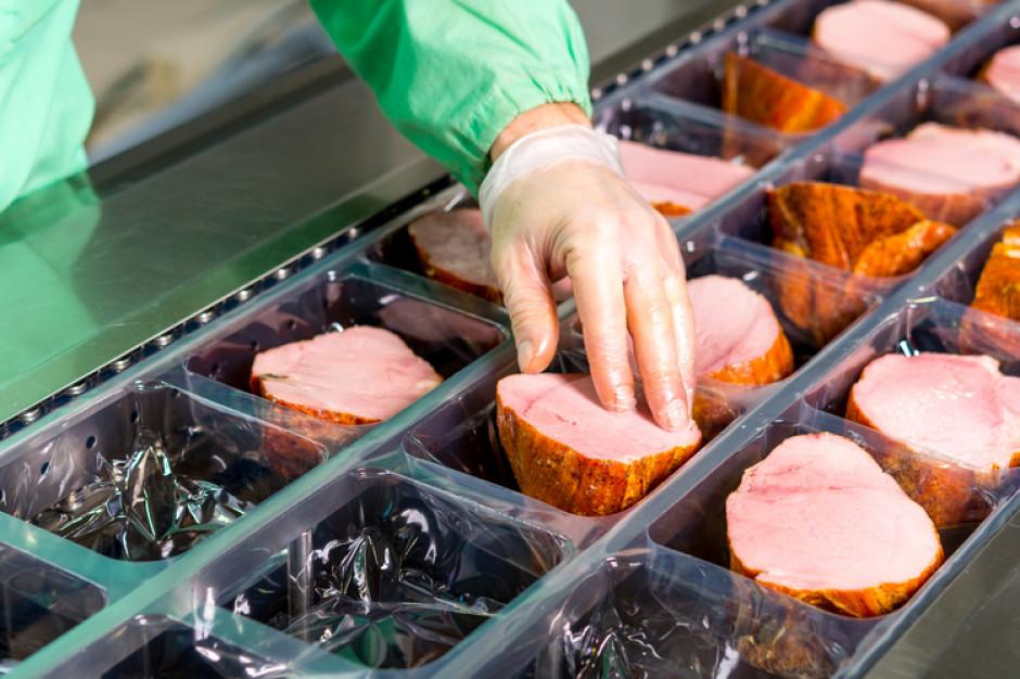 Kolejne przypadki koronawirusa w zakładzie mięsnym w Starachowicach