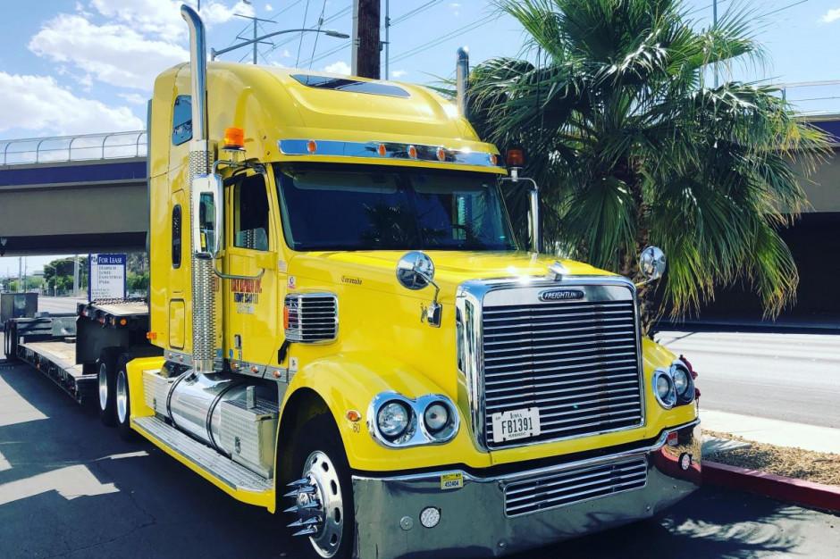 Ameryka czy Europa? Jak wygląda czas pracy kierowcy i na którym kontynencie są lepsze ciężarówki?