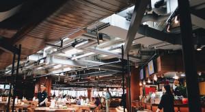PRCH: Odmrożenie gastronomii i usług pozytywnie wpływa na odwiedzalność obiektów handlowych