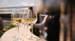 Ambra: producenci wina patrzą z umiarkowanym optymizmem na sezon letni 2020