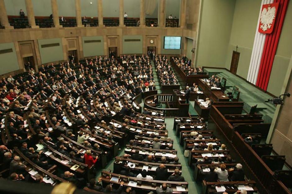 Sejm uchwalił ustawę o pomocy publicznej dla firm