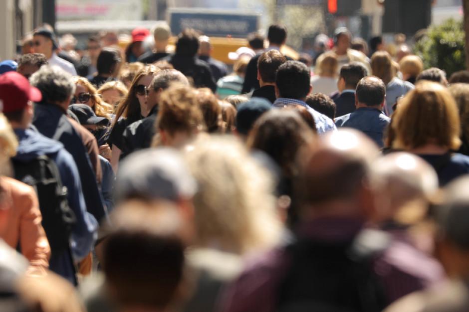 660 tys. Polaków straciło pracę z powodu pandemii koronawirusa
