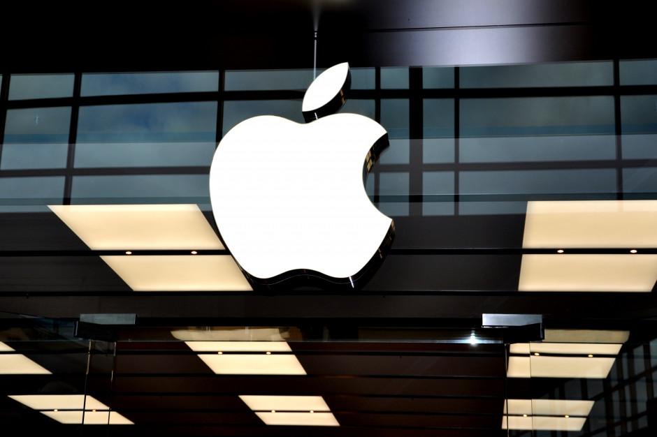 KE rozpoczyna postępowania antymonopolowe wobec Apple