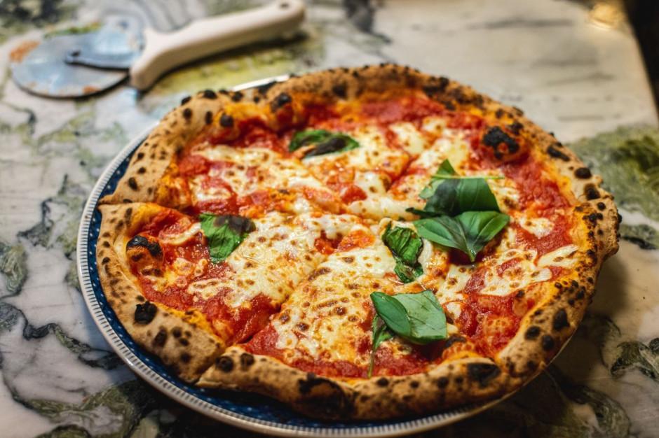 Włochy: We Florencji można zapłacić za pizzę płytą winylową