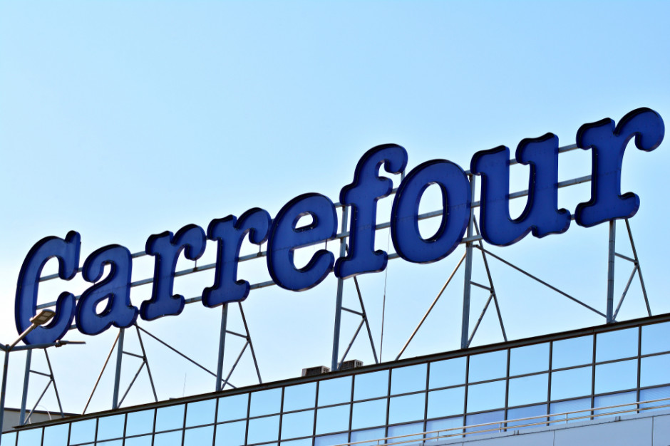 Carrefour przekazuje ponad 800 tys. zł na rozwój hodowli bydła ekologicznego