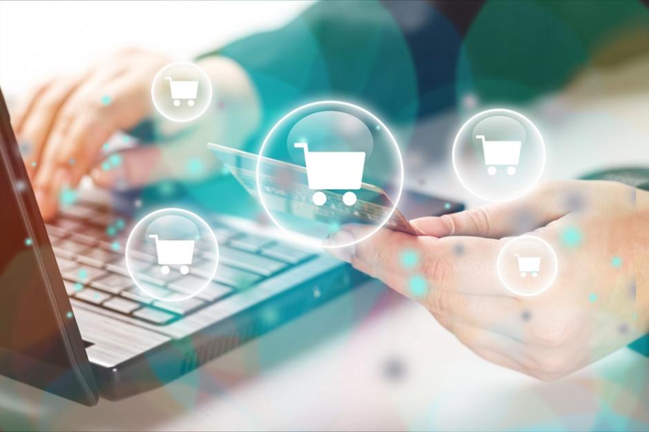 Szturm na e-sklepy. Jakie zmiany zaszły w handlu elektronicznym? (raport)