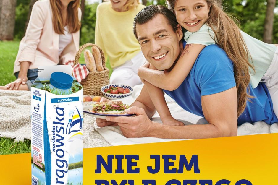 """""""Najważniejszy posiłek to ten, który jemy razem"""" – nowa kampania Maślanki Mrągowskiej"""