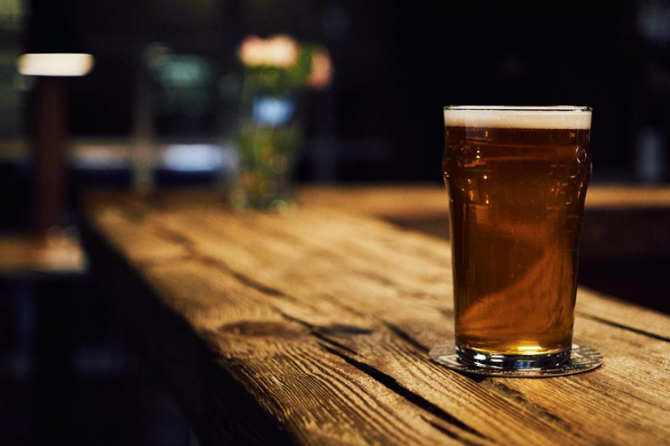 W Wielkiej Brytanii trzy puby ponownie zamknięte po wykryciu przypadków koronawirusa