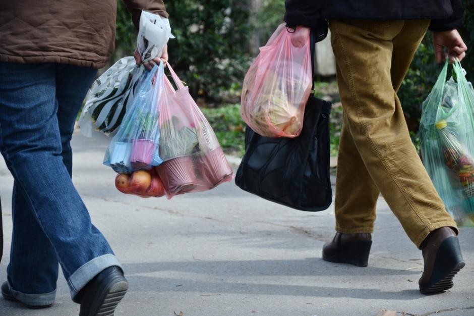 Kanada: Sukces lokalnego zakazu używania plastikowych torebek
