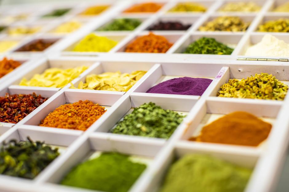 Dodatki barwiące bio wpisują się w ogólny trend europejski