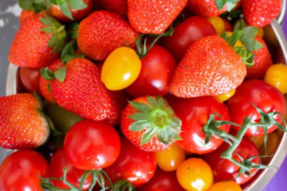Które owoce i warzywa spożywali Polacy w lipcu najchętniej?