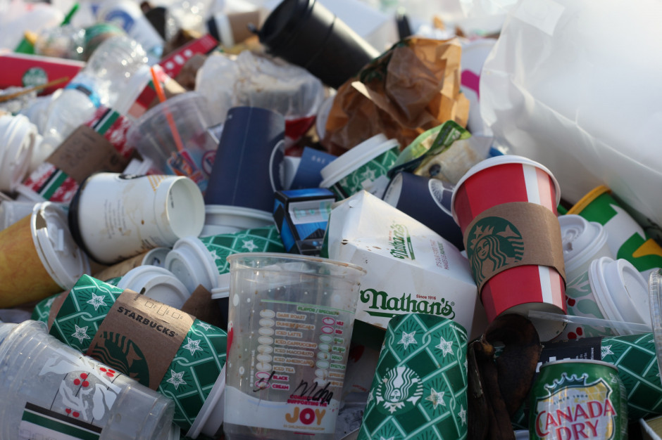 Ministerstwo klimatu chce znakować produkty, by łatwiej było je segregować
