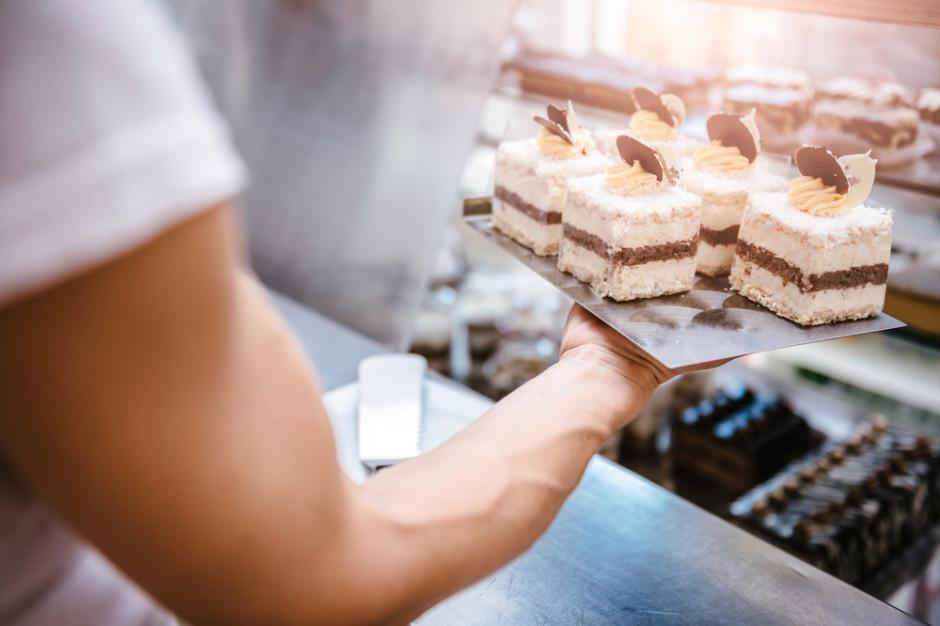 Radzymin: Cukiernia nie wymaga noszenia maseczek od klientów