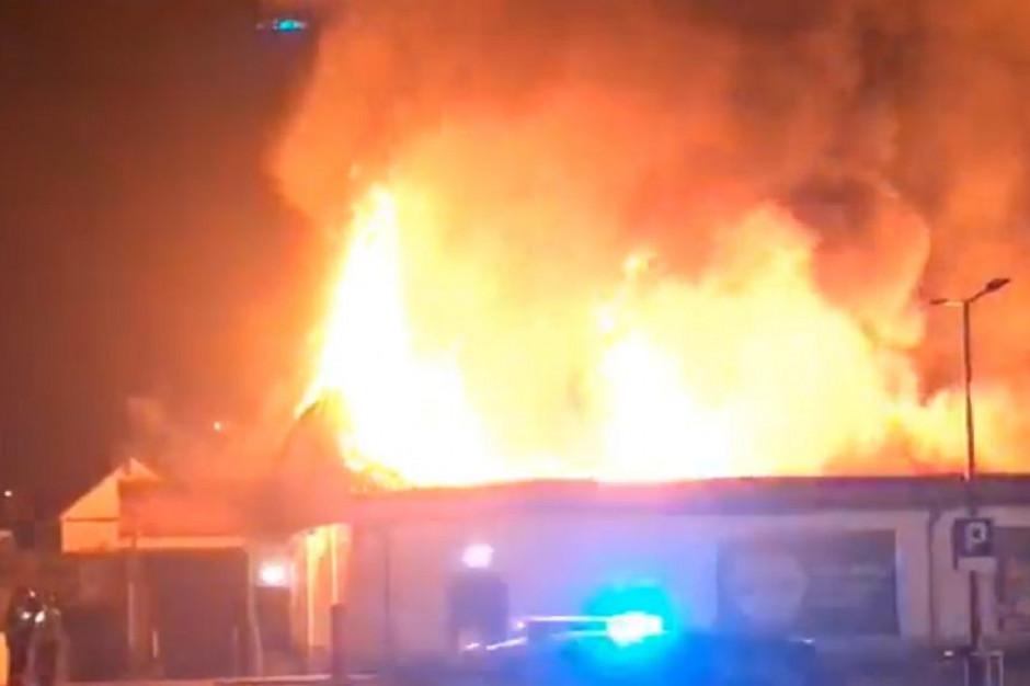 Pożar dyskontu Lidl w Kielcach