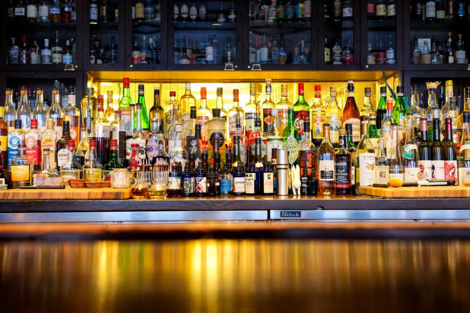 Wzrosły dostawy wódki i wina na rynek krajowy, a spadły dostawy piwa w 2019 r.