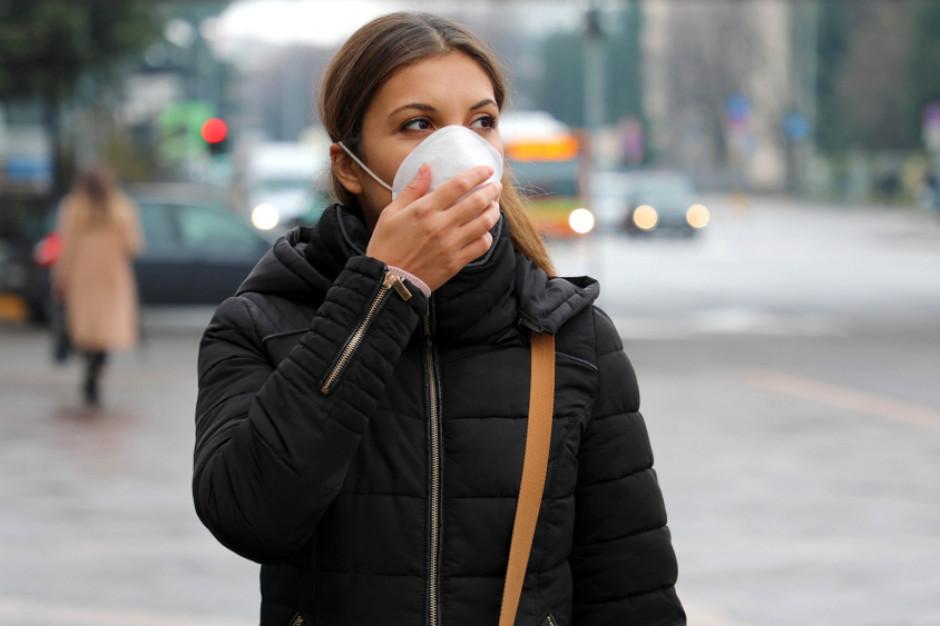Od dziś policja w całym kraju sprawdza przestrzeganie obowiązku zakrywania ust i nosa