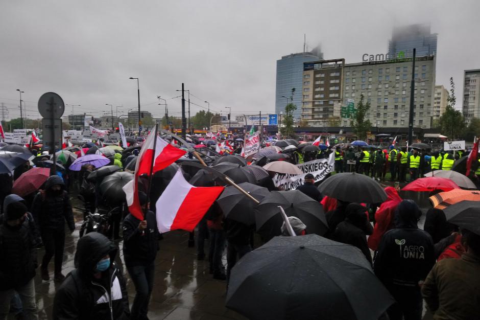 Protest w Warszawie - największe poruszenie w obszarze rolnictwa i wsi od wielu lat