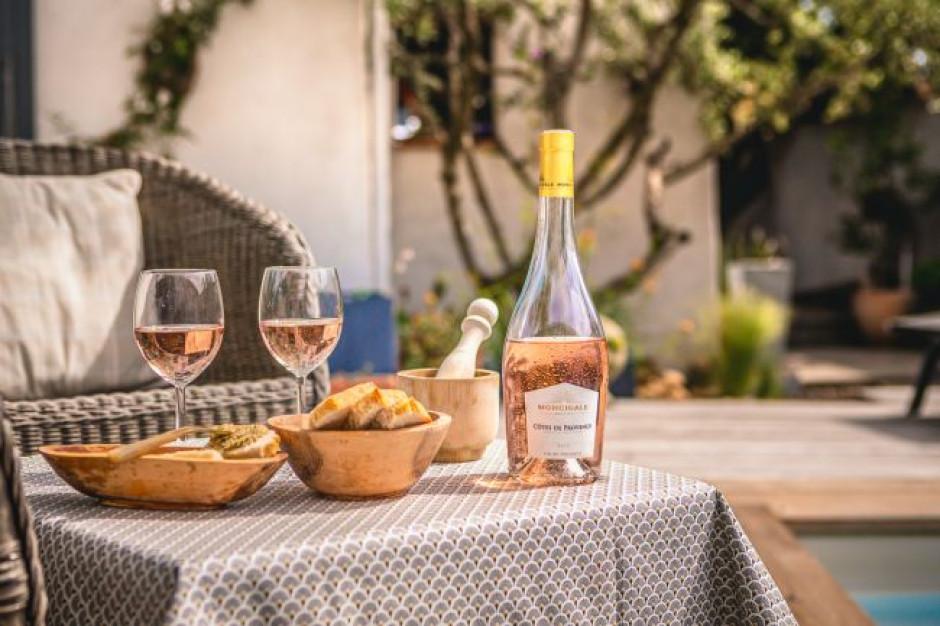 Marie Brizard Wine and Spirits sprzedaje spółkę Moncigale francuskiej firmie winiarskiej