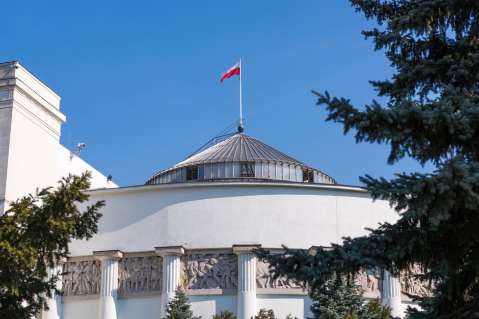 Sejm przesunął obrady  z powodów epidemicznych na 18-19 listopada
