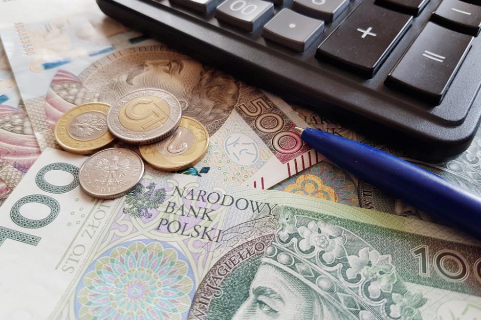 Ponad 60 proc. Polaków nie odczuło negatywnego wpływu pandemii na stan swoich finansów (badanie)