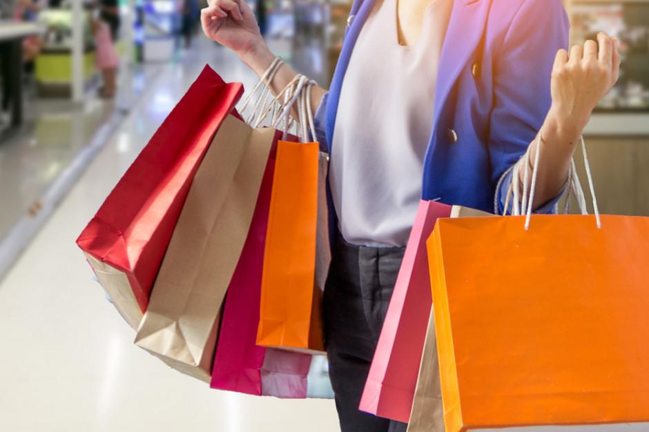 Pekao: Październikowy spadek sprzedaży odzwierciedla samoograniczanie się konsumentów