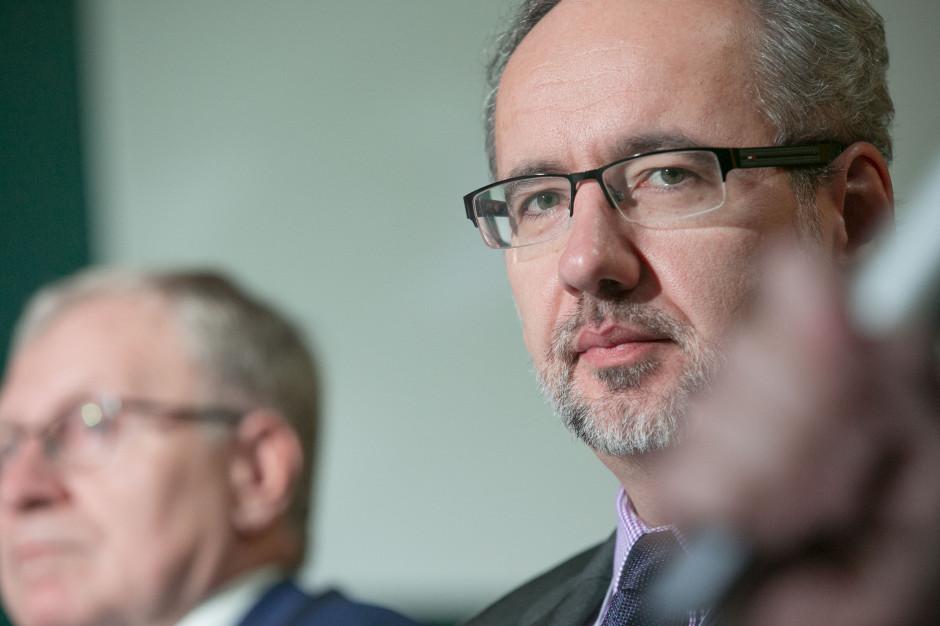 Minister Zdrowia: Oprócz rodziny na Wigilii może pojawić się dodatkowe 5 osób