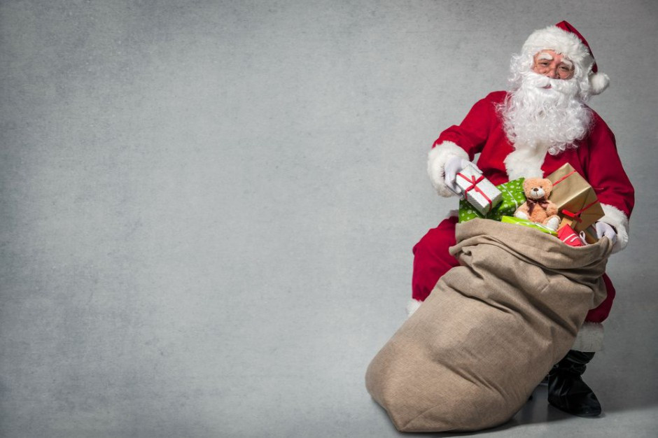 W. Brytania: mimo restrykcji epidemicznych Święty Mikołaj może przyjechać