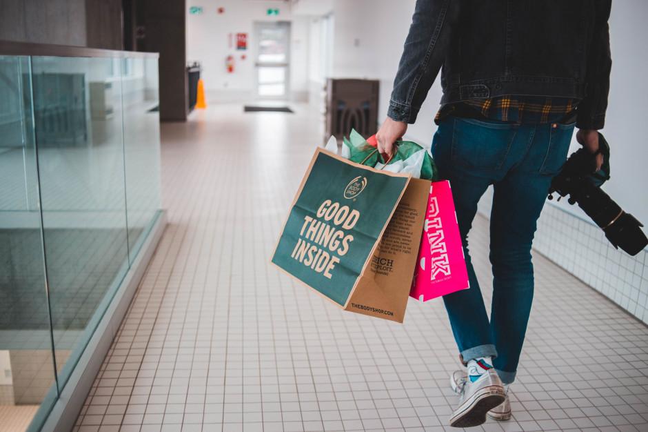 Niemcy: brak plastikowych toreb w supermarketach w Niemczech od 2022 r.