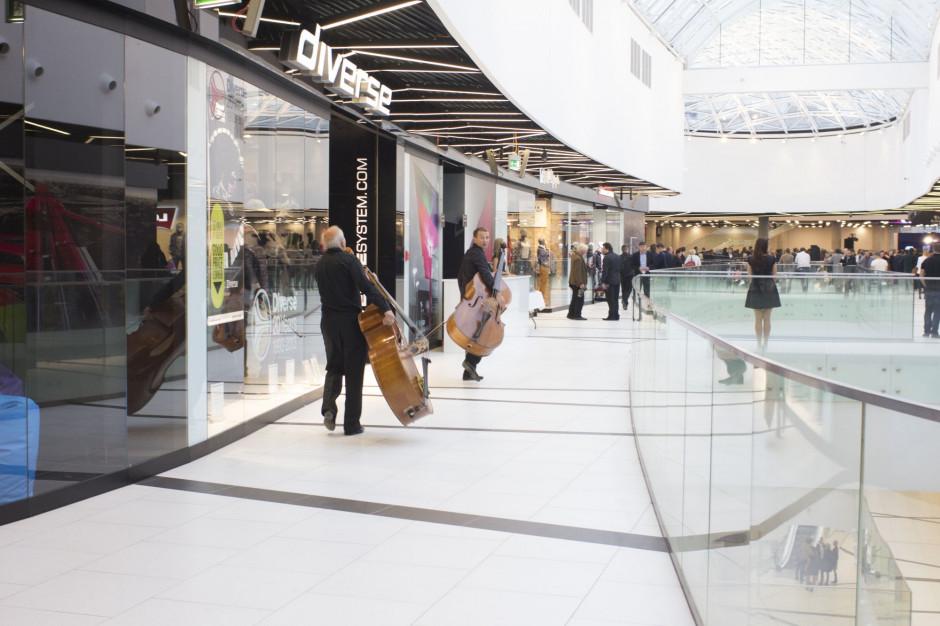 Od 28 listopada sklepy w galeriach i parkach handlowych ponownie otwarte