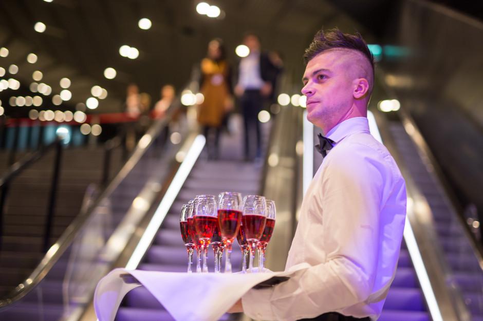 Chiny nakładają rekordowe cła na wino z Australii