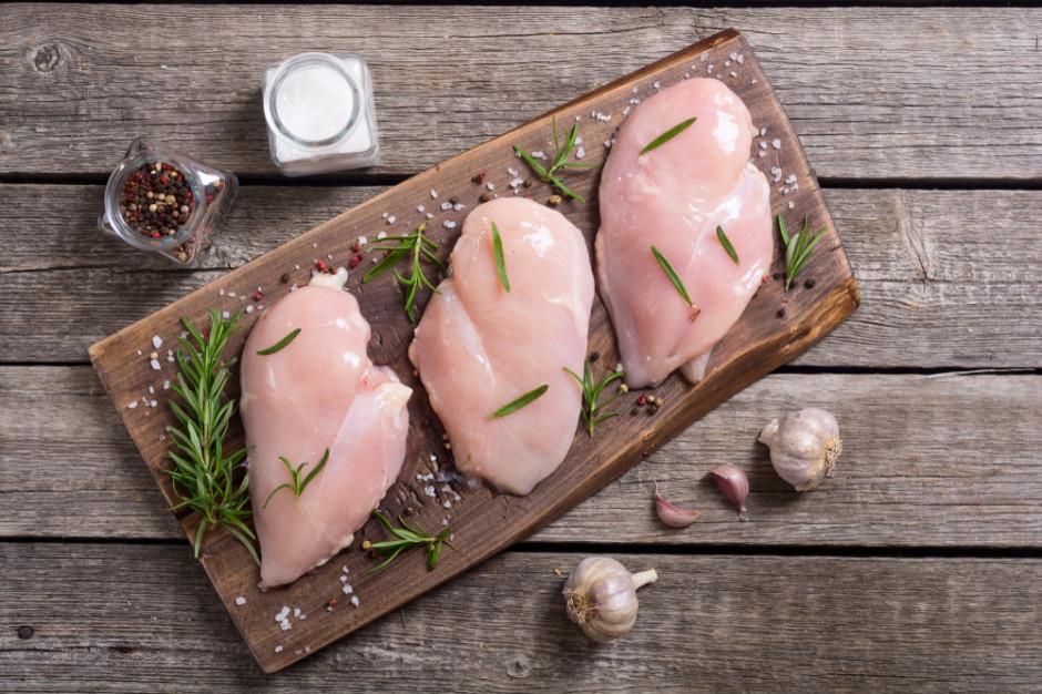 Polacy lubią jeść drób, ale dobrej jakości i z pewnego źródła (badanie)