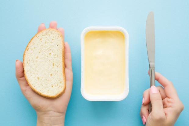 Wiedza i postrzeganie tłuszczów a zwyczaje żywieniowe polskich konsumentów produktów do smarowania pieczywa