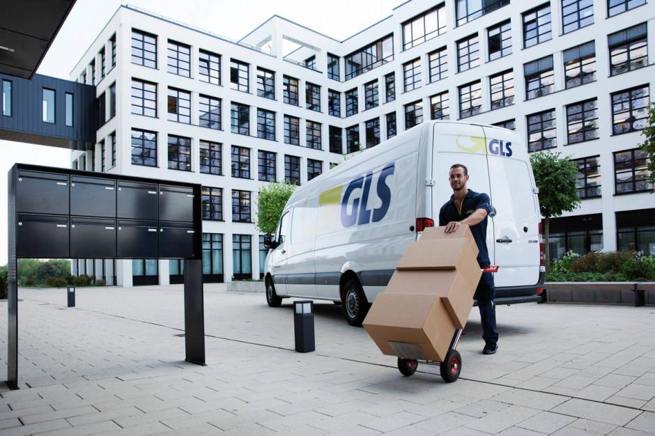 GLS wprowadza odbiór paczek z wysyłkomatów