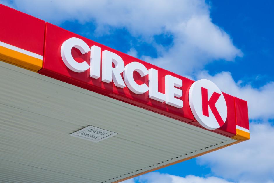 Sieć stacji Circle K uruchamia możliwość płatności mobilnej za paliwo w całej Polsce