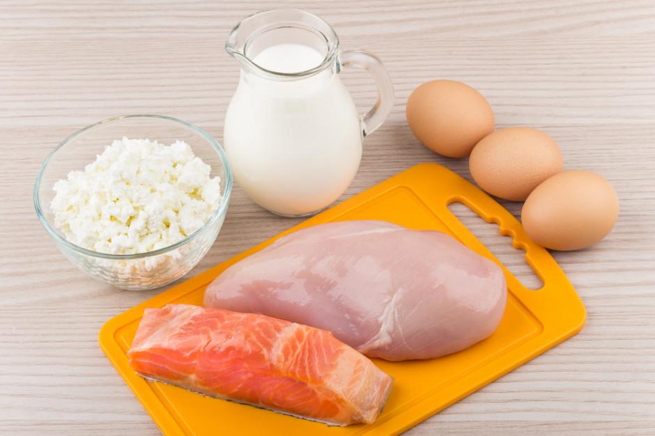 Analitycy: w III kw. poprawa sytuacji w przemyśle przetwórczym, najlepiej w mleczarstwie, najgorzej w drobiarstwie