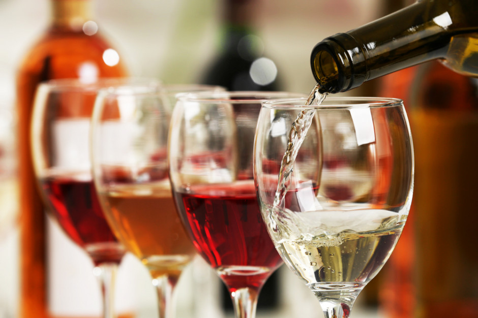 Francja: Eksporterzy wina: nowe cła USA będą wielkim ciosem dla branży