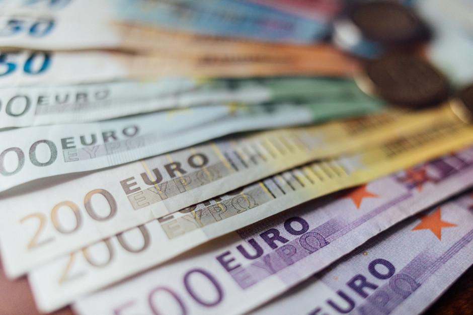 FX - zarządzanie ryzykiem walutowym w Banku Pekao S.A. Rozwiązania zarówno dla importerów, jak i eksporterów
