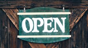 Kraków: Klienci w lokalach gastronomicznych otwartych pomimo obostrzeń