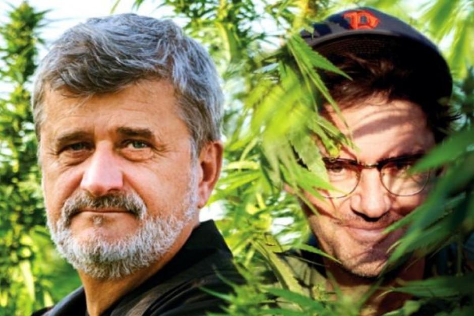 Janusz Palikot i Kuba Wojewódzki wprowadzą dwa kolejne rodzaje piw; będą walczyć o zmianę prawa o konopiach