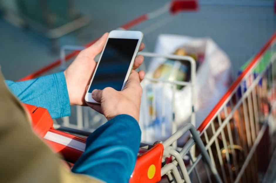 Smartfon równie dobry do zakupów jak komputer