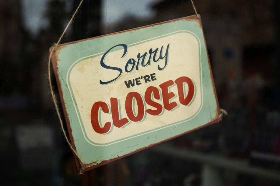 Wirusolog: to nie rząd zamyka określone miejsca, ale klienci