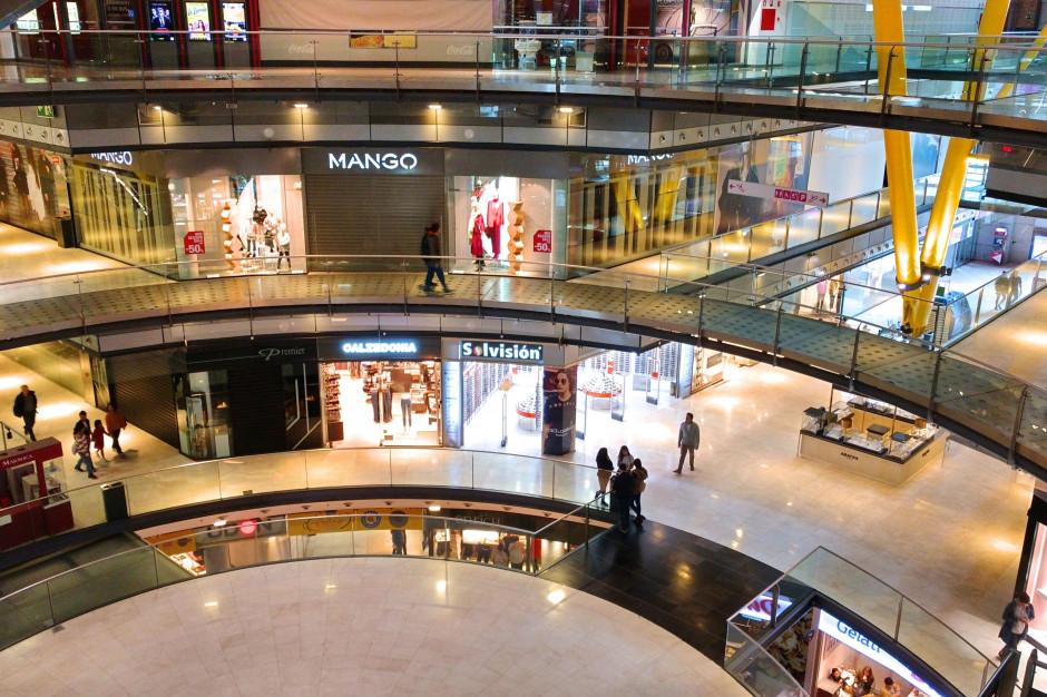 Zamknięcie galerii handlowych obniżyło sprzedaż detaliczną w styczniu
