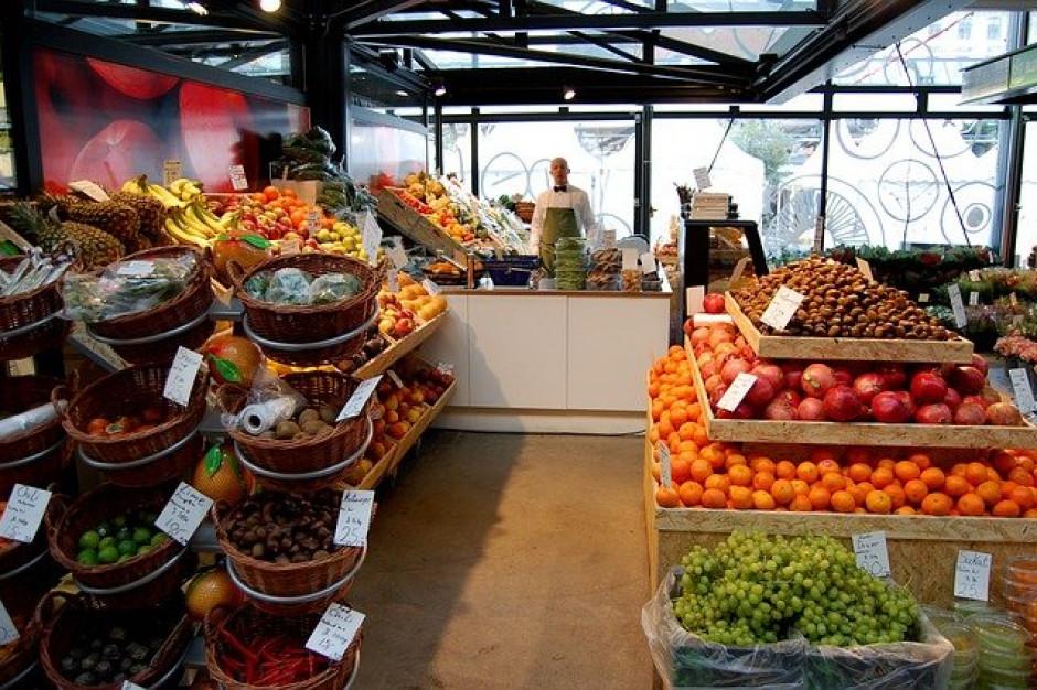 CMR: w styczniu br. w małych sklepach mniej klientów, ale wyższe paragony o 22 proc. rdr