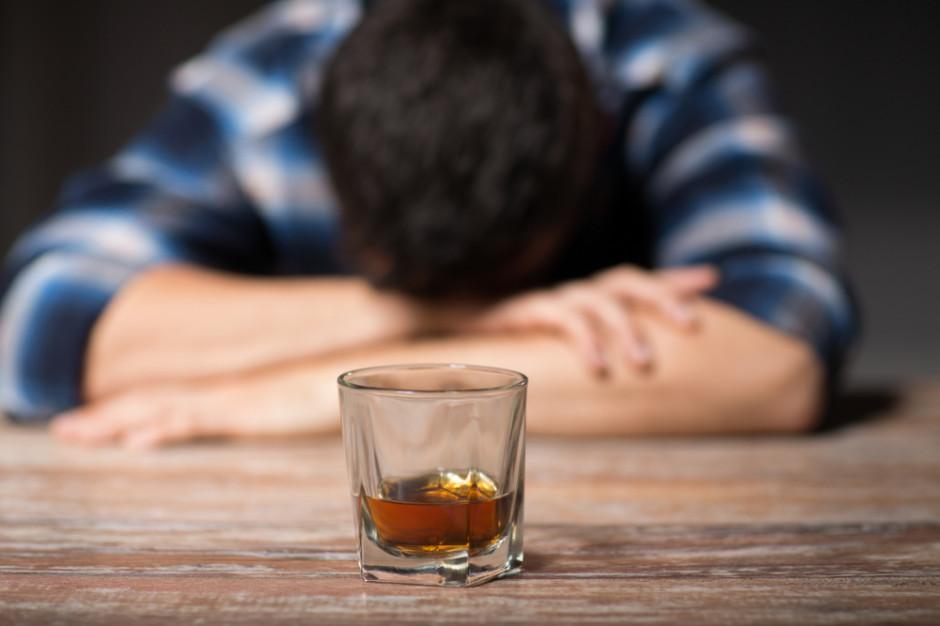 Czy pandemia wpływa na społeczny problem z alkoholem?