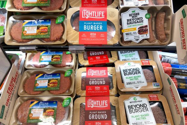 Na rynku zamienników mięsa coraz ciaśniej (analiza)
