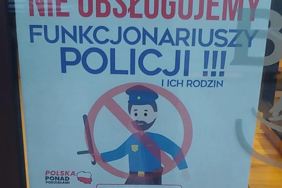 Toruń: Burgerownia nie obsługuje policjantów